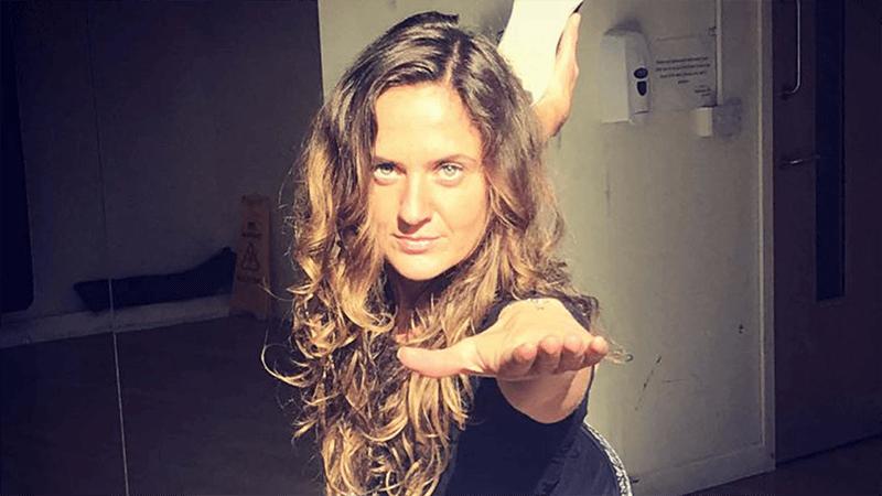 female lean gains personal trainer